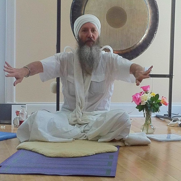 Richard Roberts teaching Kundalini yoga at Bay Oaks Retirement Home